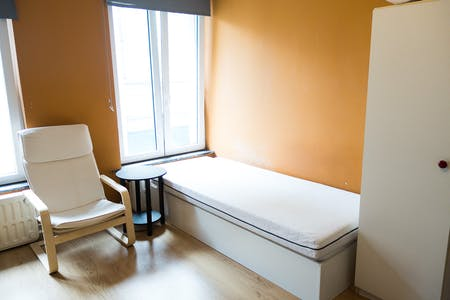 Private room for rent from 01 May 2019 (Rue de la Constitution, Schaerbeek)