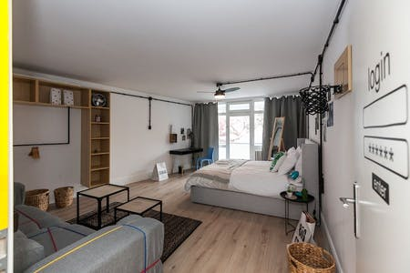 Private room for rent from 18 Jan 2019 (Leibnizstraße, Berlin)