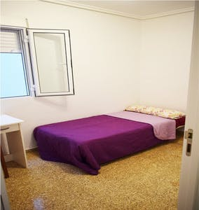 Private room for rent from 01 Sep 2019 (Calle Vidal de Canelles, Valencia)