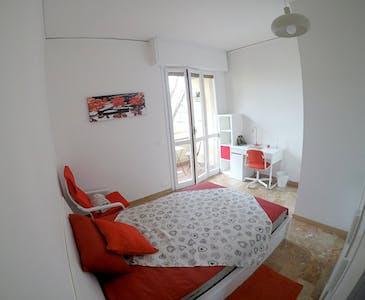 Habitación privada de alquiler desde 01 Jul 2019 (Piazza Augusto Conti, Florence)
