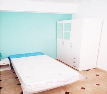 WG-Zimmer zur Miete ab 01 Juli 2020 (Calle Pintor Cabrera, Valencia)