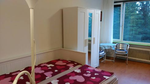 Private room for rent from 28 Jul 2019 (Van der Helmstraat, Rotterdam)