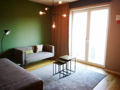 整套公寓租从01 8月 2020 (Lindenstraße, Berlin)