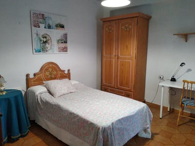 Private room for rent from 14 Jun 2019 (Calle Mariano Ruiz Funes, Murcia)