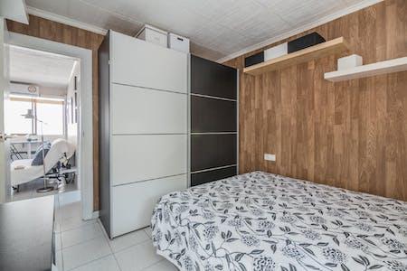 Appartement te huur vanaf 01 aug. 2019 (Carrer de Góngora, Barcelona)