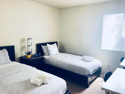 Shared room for rent from 18 Jan 2019 (Veteran Ave, Los Angeles)