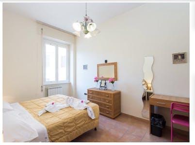 Private room for rent from 14 Dec 2018 (Via Nicolò V, Rome)