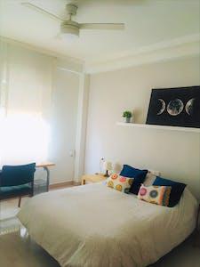 Private room for rent from 12 Jun 2020 (Avenida Antoñete Gálvez, Murcia)