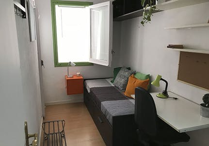 Private room for rent from 01 Feb 2019 (Carrer de Sicília, Barcelona)