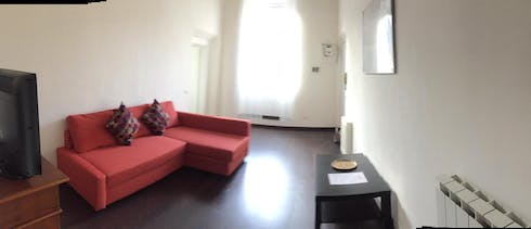 Private room for rent from 21 Aug 2019 (Via del Ponte Sospeso, Florence)