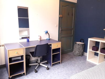 Private room for rent from 01 Jun 2020 (Rue Ernest Deconynck, Lille)