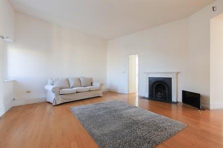 Appartement te huur vanaf 01 mrt. 2019 (Via Mortara, Milan)
