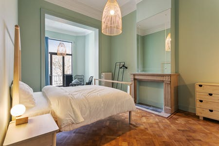 Private room for rent from 02 Jan 2099 (Chaussée de Charleroi, Saint-Gilles)