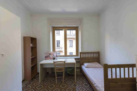 Shared room for rent from 20 Aug 2019 (Viale Campania, Milan)
