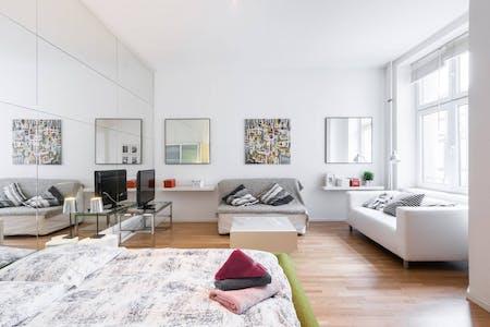 Apartamento de alquiler desde 02 abr. 2019 (Mittenwalder Straße, Berlin)