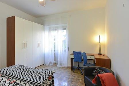 Privatzimmer zur Miete von 20 Jul 2019 (Viale dello Scalo San Lorenzo, Rome)