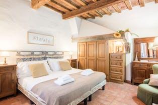 整套公寓租从14 5月 2019 (Piazza Santo Spirito, Florence)