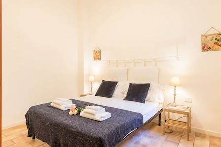 Apartment for rent from 12 May 2019 (Via Ghibellina, Florence)