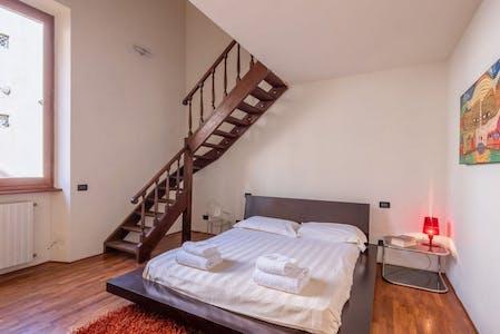 整套公寓租从14 5月 2019 (Via Venezia, Florence)