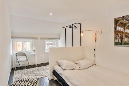 Private room for rent from 01 Jun 2019 (Rue du Méridien, Saint-Josse-ten-Noode)