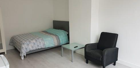 Habitación privada de alquiler desde 01 Aug 2019 (Hugo Molenaarstraat, Rotterdam)