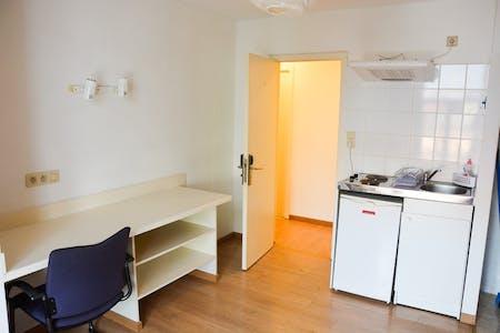 Habitación privada de alquiler desde 05 ago. 2019 (Rue de la Constitution, Schaerbeek)