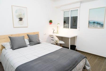 单人间租从01 Aug 2019 (Calle Berenguer Mallol, Valencia)