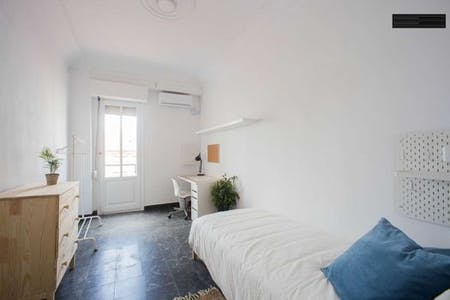Private room for rent from 24 Mar 2019 (Calle Félix Pizcueta, Valencia)