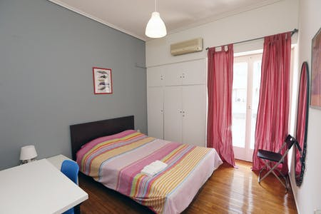 Private room for rent from 01 Aug 2019 (Marni, Athens)
