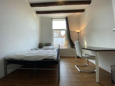 Habitación privada de alquiler desde 01 abr. 2020 (Joost van Geelstraat, Rotterdam)