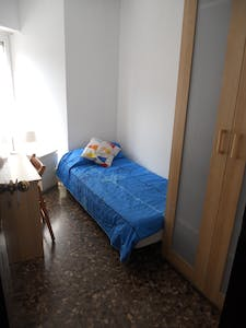 Private room for rent from 15 Dec 2019 (Carrer del Cardenal Reig, Barcelona)
