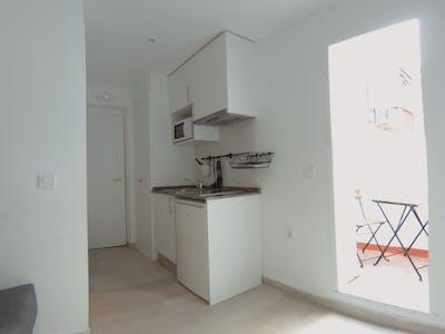 Studio for rent from 01 Sep 2020 (Calle Rodrigo Uhagón, Madrid)