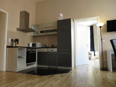 Apartamento de alquiler desde 01 abr. 2019 (Torstraße, Berlin)
