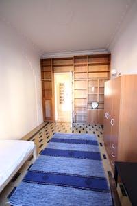 WG-Zimmer zur Miete ab 01 Okt. 2020 (Largo Valgioie, Turin)