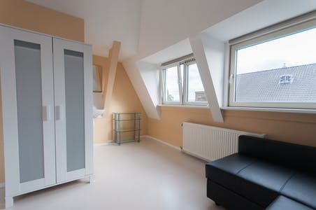Apartment for rent from 01 Mar 2021 (Zoutziedersstraat, Rotterdam)