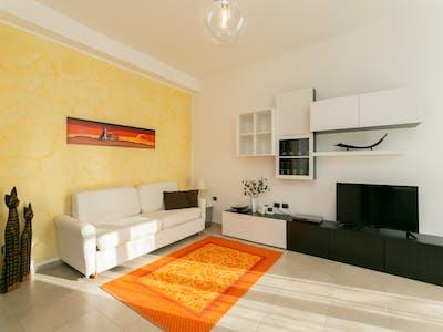 Appartement te huur vanaf 19 mrt. 2019 (Via Fratelli C. e G. Antona Traversi, Milan)