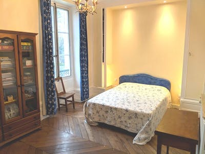 Private room for rent from 30 Jun 2019 (Rue Saint-Honoré, Fontainebleau)
