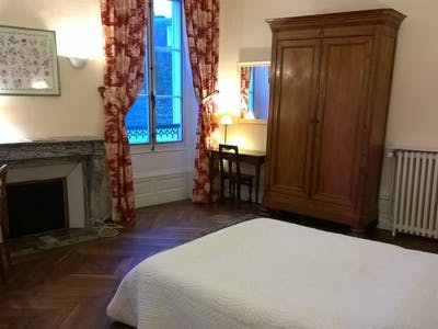 Private room for rent from 15 Dec 2019 (Rue Saint-Honoré, Fontainebleau)