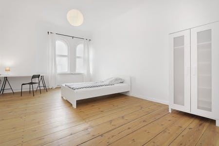 Private room for rent from 01 Jan 2020 (Märkisches Ufer, Berlin)