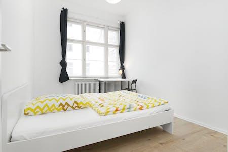 WG-Zimmer zur Miete ab 01 März 2020 (Lübbener Straße, Berlin)