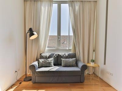 整套公寓租从31 Dec 2021 (Corso di Porta Romana, Milan)