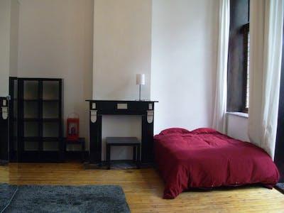 Privé kamer te huur vanaf 15 Feb 2020 (Rue Jenatzy, Schaerbeek)