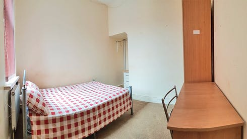 Private room for rent from 10 Apr 2020 (Great Western Street, Manchester)