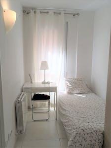 WG-Zimmer zur Miete ab 01 Apr. 2020 (Carrer de Leiva, Barcelona)