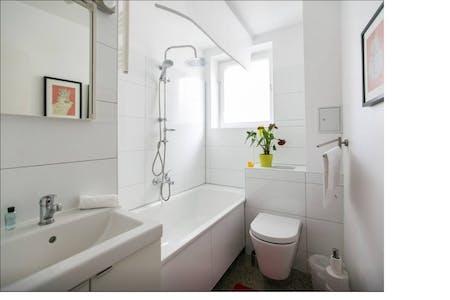 Appartement te huur vanaf 16 Jun 2019 (Paulstraße, Berlin)