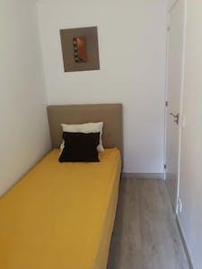 Stanza privata in affitto a partire dal 01 giu 2020 (Calle Hacienda de Pavones, Madrid)