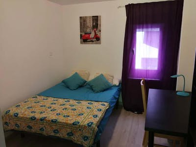 Quarto privativos para alugar desde 01 Apr 2020 (Calle Hacienda de Pavones, Madrid)