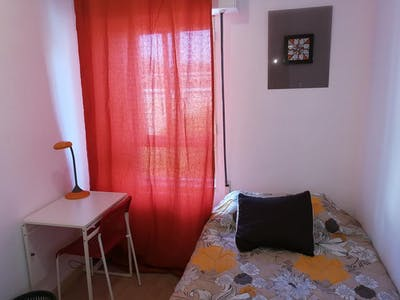 Private room for rent from 08 Mar 2020 (Calle de la Encomienda de Palacios, Madrid)
