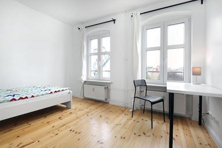 WG-Zimmer zur Miete ab 01 Jan. 2021 (Graefestraße, Berlin)