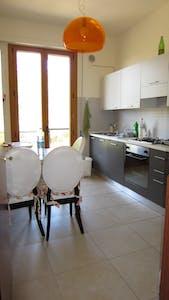单人间租从19 2月 2020 (Via Puglie, Siena)